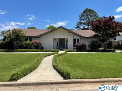 1802 Cumberland Ave Sw, Decatur, AL 35603