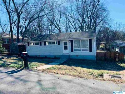 203 Treymore Ave Nw, Huntsville, AL 35811