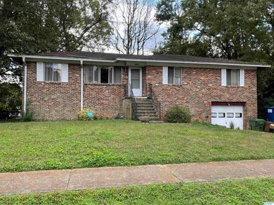 2501 Greenhill Dr Nw, Huntsville, AL 35810