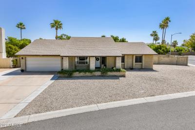 5007 W Augusta Cir, Phoenix, AZ 85308 MLS #6223100 Image 1 of 33