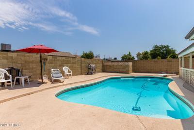 5544 W Mission Ln, Glendale, AZ 85302