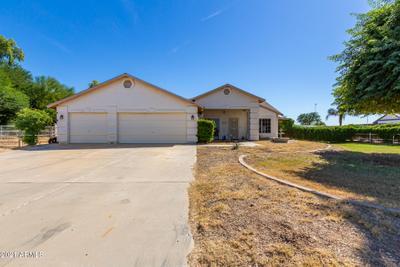 5737 N 105th Ln, Glendale, AZ 85307