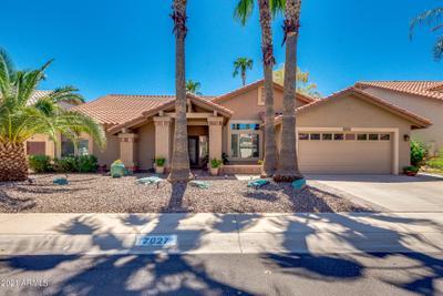 7027 W Sack Dr, Glendale, AZ 85308