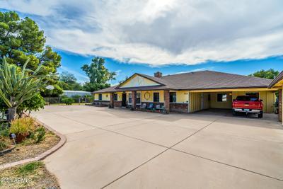 1711 N Lindsay Rd, Mesa, AZ 85213