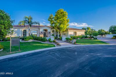 3555 E Jasmine Cir, Mesa, AZ 85213