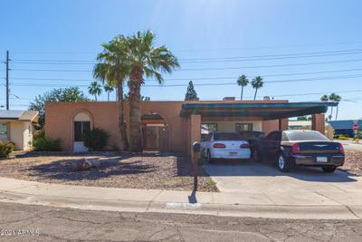 10215 N 35th Dr, Phoenix, AZ 85051