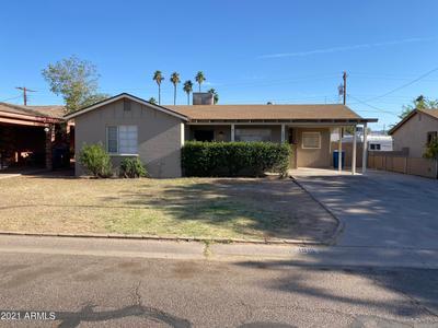 1915 E Chipman Rd, Phoenix, AZ 85040