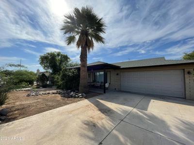 2101 W Kimberly Way, Phoenix, AZ 85027