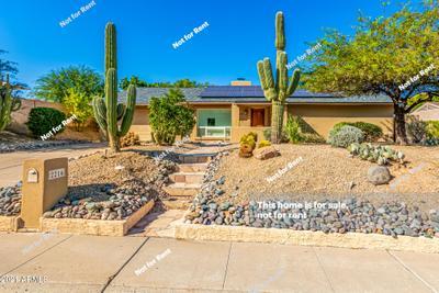 2216 E Cortez St, Phoenix, AZ 85028
