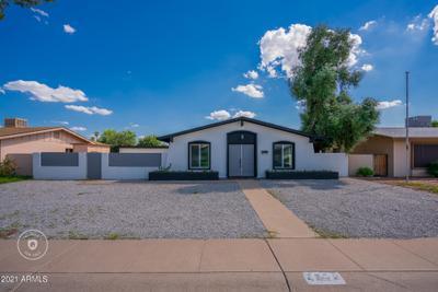 2339 W Shaw Butte Dr, Phoenix, AZ 85029