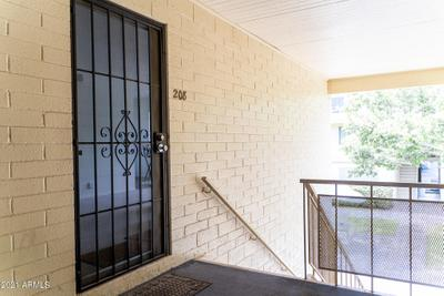 2551 W Rose Ln #A208, Phoenix, AZ 85017