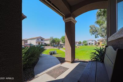 2571 N 73rd Dr, Phoenix, AZ 85035