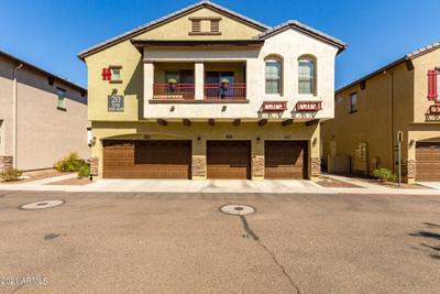 2725 E Mine Creek Rd #2038, Phoenix, AZ 85024