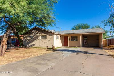 2810 W Hazelwood St, Phoenix, AZ 85017