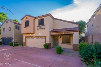 3044 W Los Gatos Dr, Phoenix, AZ 85027