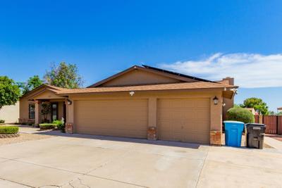 3331 W Kristal Way, Phoenix, AZ 85027