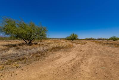 33343 N 14th St, Phoenix, AZ 85085
