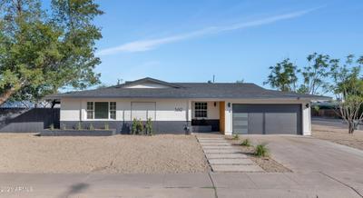 3612 E Laurel Ln, Phoenix, AZ 85028