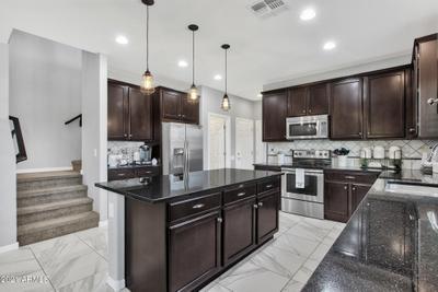 3636 E Covey Ln, Phoenix, AZ 85050