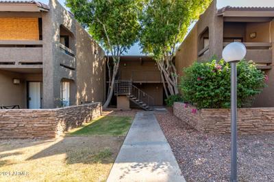 3825 E Camelback Rd #131, Phoenix, AZ 85018