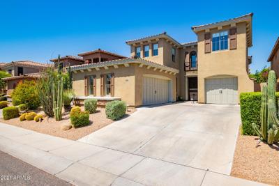 3966 E Crest Ln, Phoenix, AZ 85050