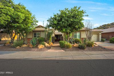 5833 W Desperado Way, Phoenix, AZ 85083
