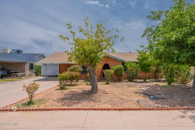 6433 W Catalina Dr, Phoenix, AZ 85033