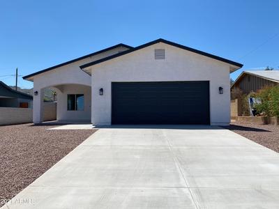 743 E Desert Dr N, Phoenix, AZ 85042
