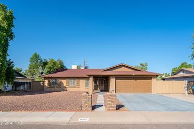 8542 N 42nd Dr, Phoenix, AZ 85051