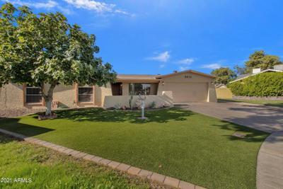 8622 N 40th Dr, Phoenix, AZ 85051