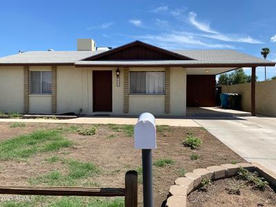 8637 W Earll Dr, Phoenix, AZ 85037