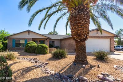 5101 E Gelding Dr, Scottsdale, AZ 85254