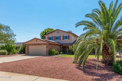 5101 E Winchcomb Dr, Scottsdale, AZ 85254