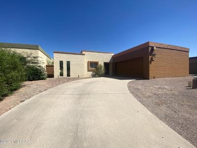 2568 N Santa Rosa Ave, Tucson, AZ 85712