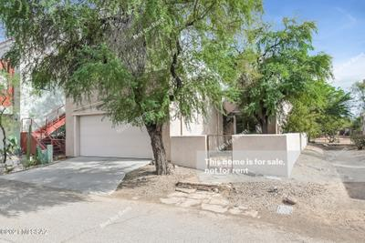 5323 S Rust Ln, Tucson, AZ 85747