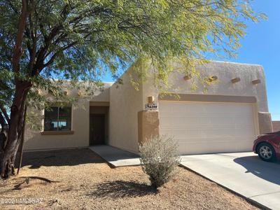 6399 S Eagles Talon Pkwy, Tucson, AZ 85757
