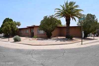 8901 E Rosewood St, Tucson, AZ 85710