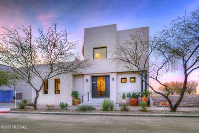895 W Calle De Los Higos, Tucson, AZ 85745