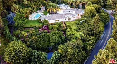911 Loma Vista Dr, Beverly Hills, CA 90210