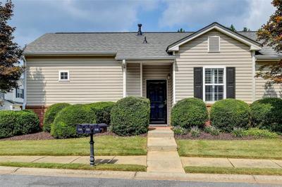 645 W Oaks Dr, Woodstock, GA 30188