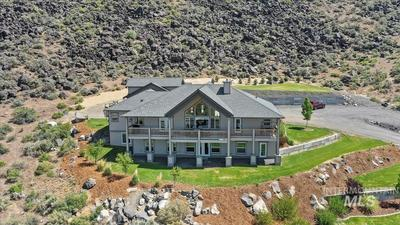 512 River Rd, Bliss, ID 83314