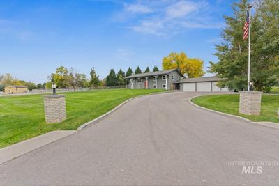7155W W Sorenson Dr, Boise, ID 83709