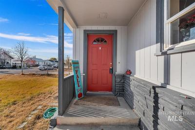 204 Anderson St, Caldwell, ID 83605