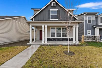 179 S Riggs Spring Ave, Meridian, ID 83642