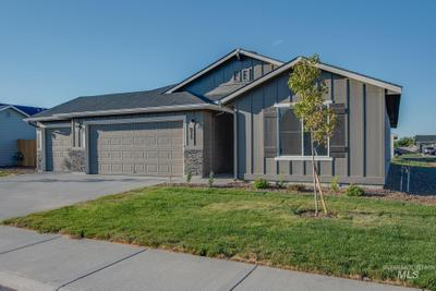 915 Sw Crested St, Mountain Home, ID 83647