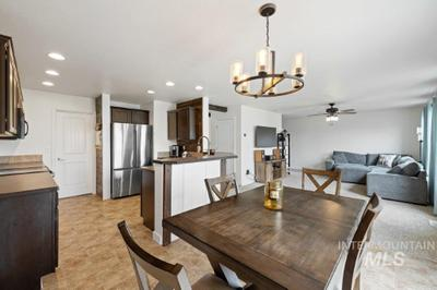 10852 Cocoon St Image 4 of 11