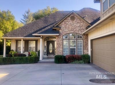 506 S Middle Creek Dr, Nampa, ID 83686