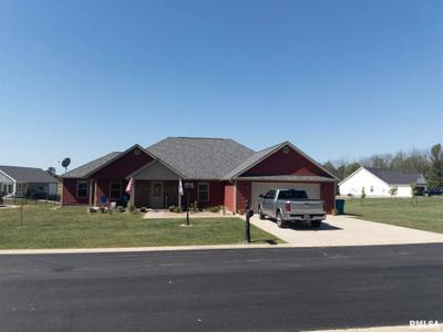 1802 Roye Ln, Marion, IL 62959