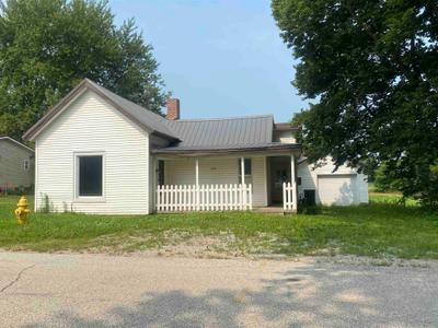 202 S Clay St, Claypool, IN 46510