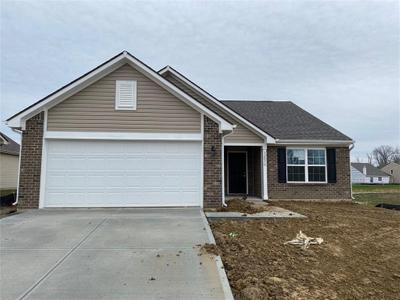 12070 Country Side Dr, Indianapolis, IN 46229